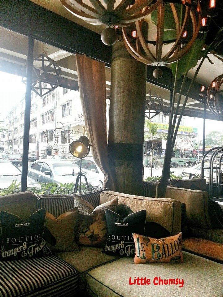 panel m6 boutique. Black Bedroom Furniture Sets. Home Design Ideas